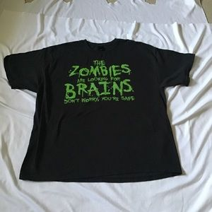 Black T-shirt men's zombies looking for brains 3XL